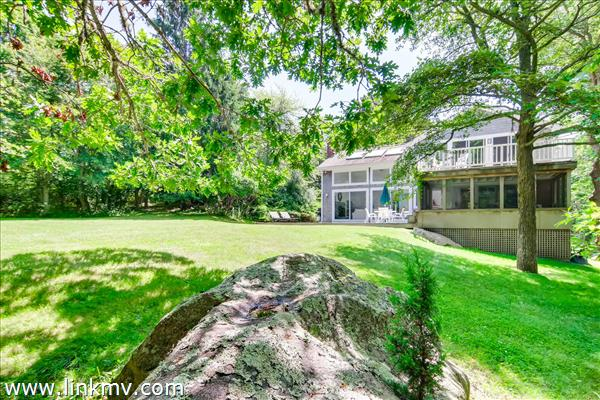 20 Tennis Lane Chilmark