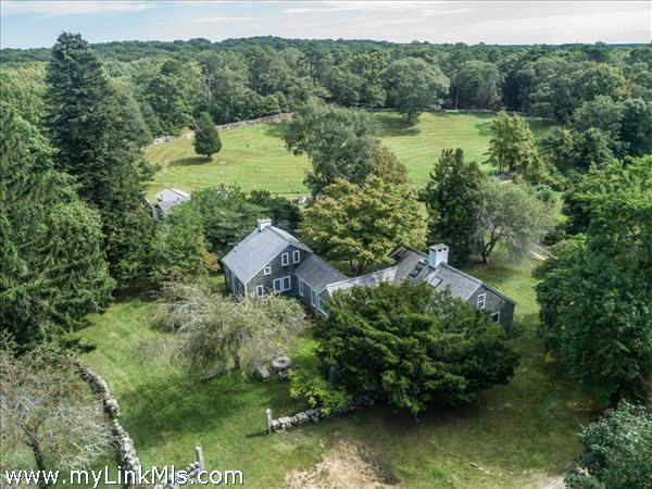 West Tisbury estate of over 21 acres.