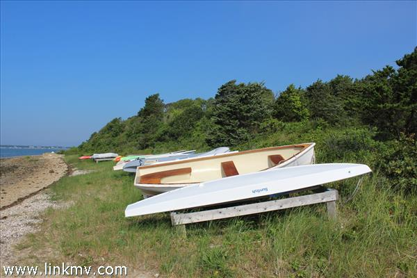 Quammox boat rack nearby.