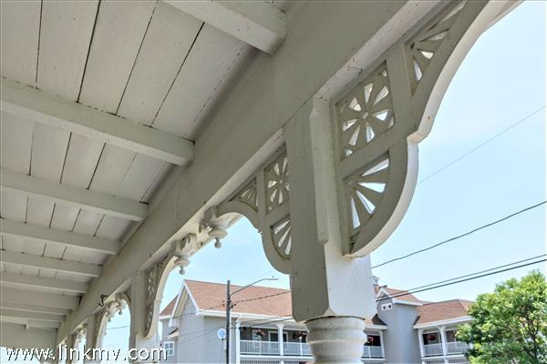 7 Pennacook Avenue Oak Bluffs MA