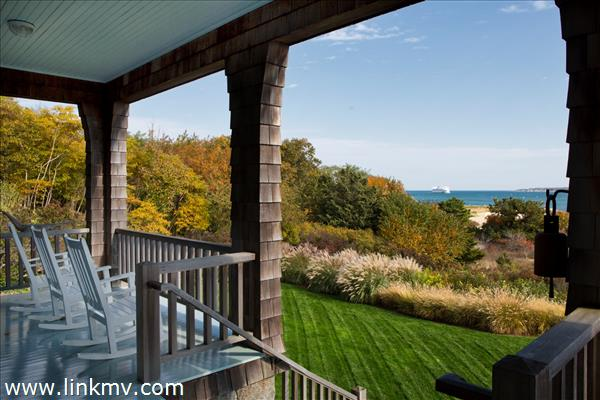 Panoramic views from relaxing porch