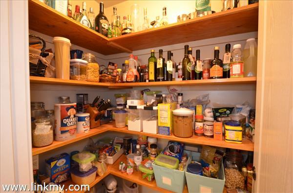 Walk in kitchen pantry!
