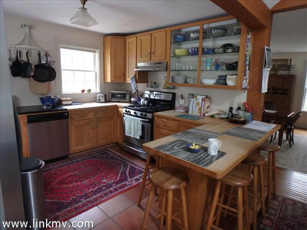 4 Stonewood Lane West Tisbury MA