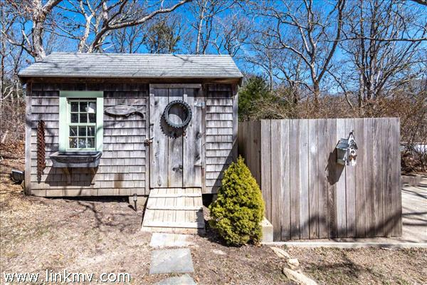 8B Clambelly Road Chilmark MA