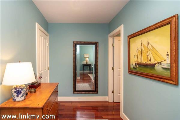 Master Bedroom Suite Vestibule - Second Floor