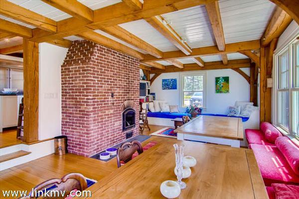 11 Howell Lane Chilmark MA