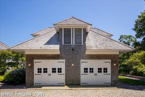 2 car garage with guest quarters above