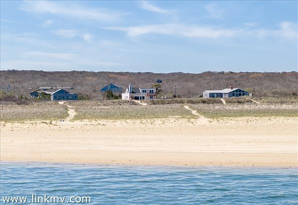 Dog Fish Bar beach is one of the few beaches on the Island that is accreting (expanding).
