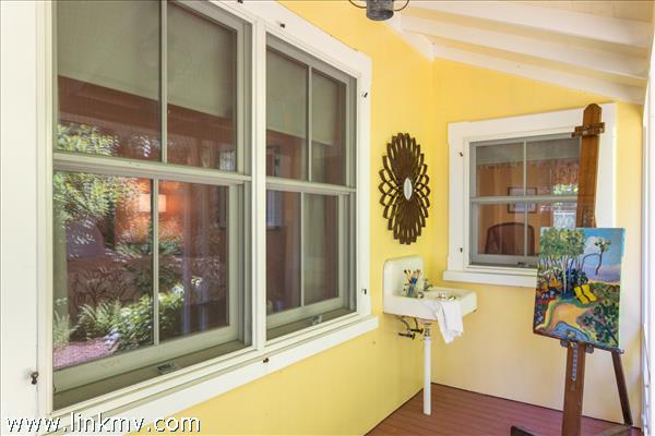87 Bellevue Avenue Vineyard Haven MA