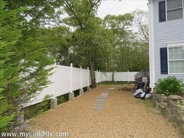 104 Clover Hill Road Vineyard Haven MA
