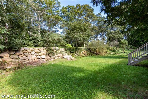 54 Snake Hollow Vineyard Haven MA