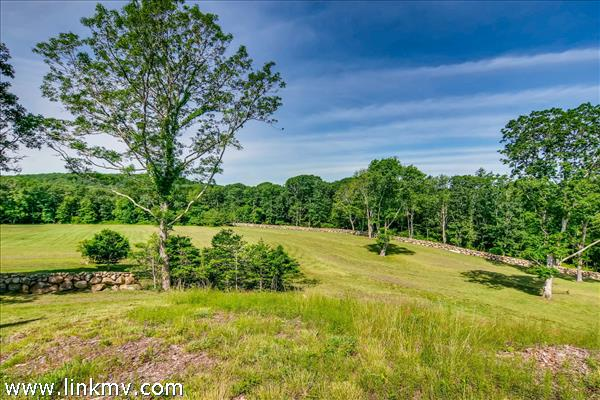Chilmark waterview estate with acreage