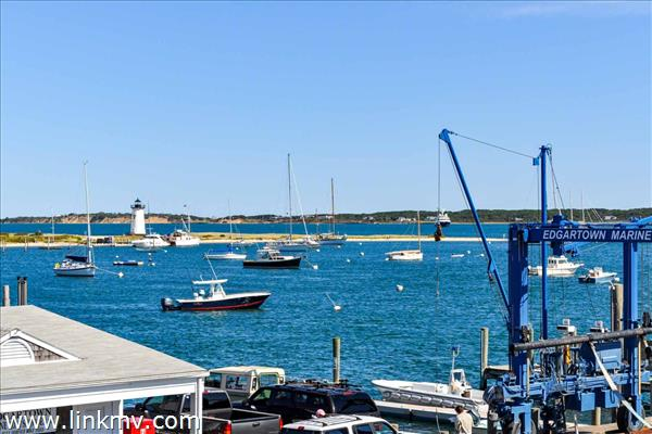 Views to the Edgartown Lighthouse