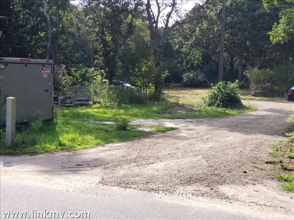 18 Pilgrim Road Edgartown MA