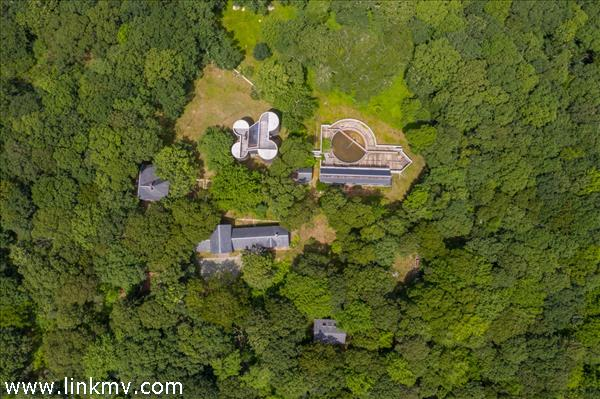 27, 30, 31 Tower Lane Chilmark MA