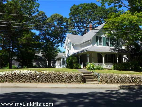 248 Main Street Vineyard Haven MA