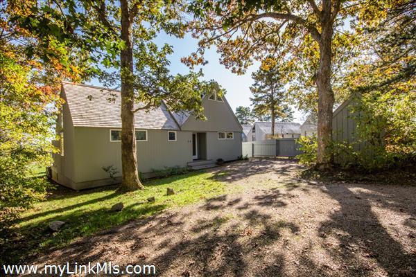 34 Waterview Road Oak Bluffs MA