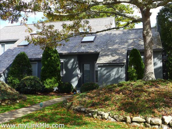 40 Hidden Cove Road Oak Bluffs MA