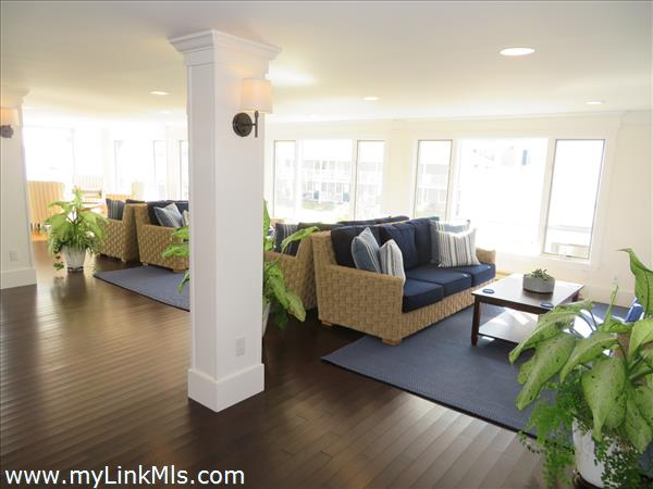 Lounge area for all who want to read or relax after a stroll through town to the Lighthouse.