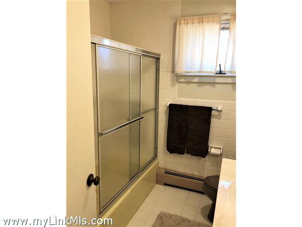 211 Skiff Avenue Vineyard Haven MA