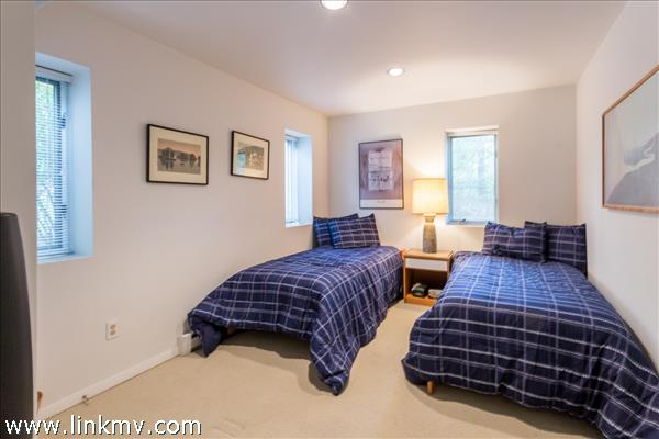 11 Majors Cove Lane Edgartown MA