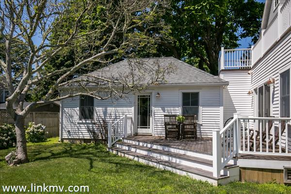 12 Norton Street Edgartown MA