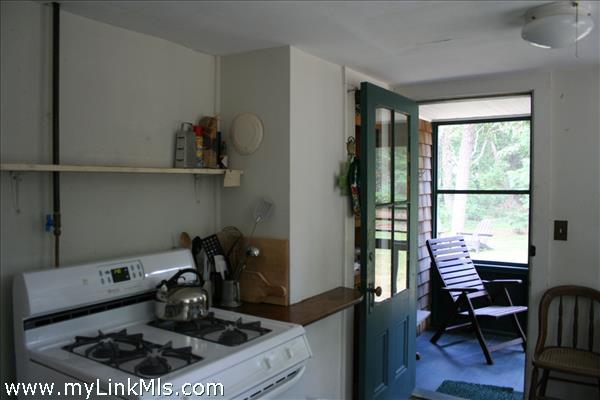 125 Massasoit Avenue Vineyard Haven MA