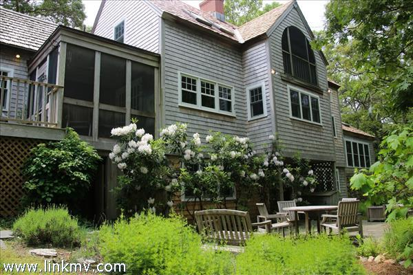 169 Cuttyhunk Avenue Vineyard Haven MA