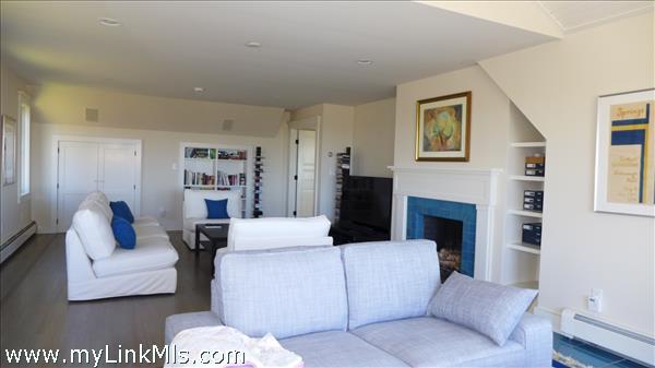 645 Lamberts Cove Road Vineyard Haven MA