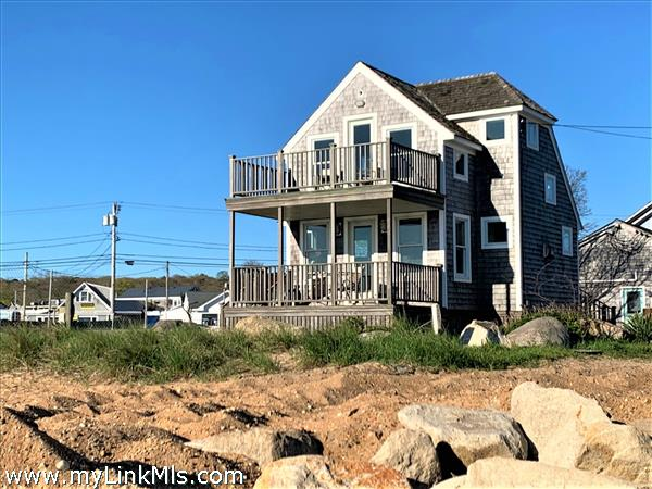 23 Beach Street Extension Vineyard Haven MA