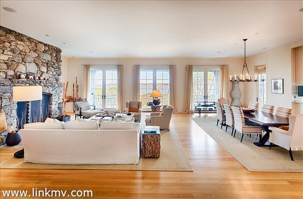 52 Mill House Way Vineyard Haven MA