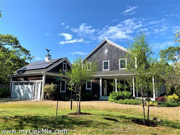 17 Jessica Lane Oak Bluffs MA