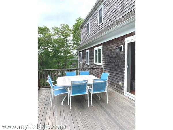 61 Mayflower Lane Vineyard Haven MA