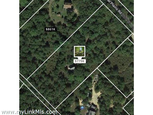 129 Great Plains Road West Tisbury MA