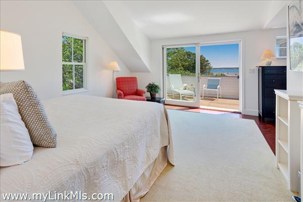 56 Hatch Road Vineyard Haven MA