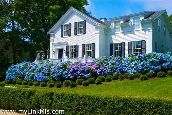 116 William Street Vineyard Haven MA