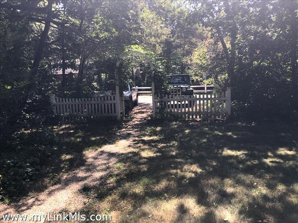 10 Winemack Street Oak Bluffs MA