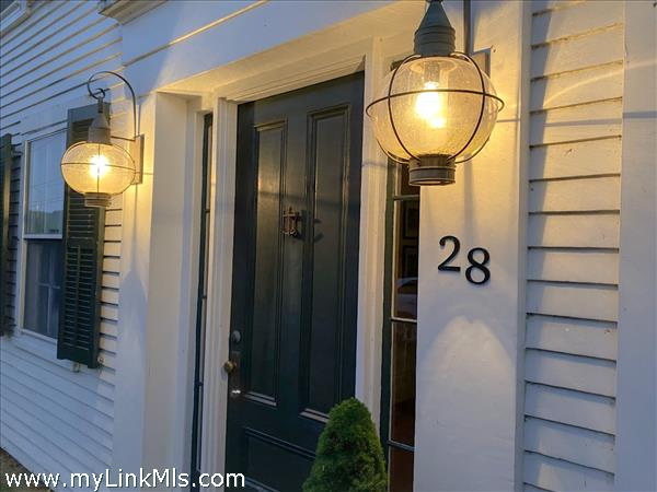 28 Church Street Vineyard Haven MA