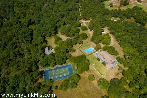 Aerial of House, 2nd dwelling, Bunk House, pool & Tennis Court