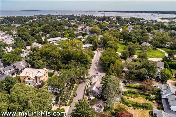 10 Peases Point Way North Edgartown MA