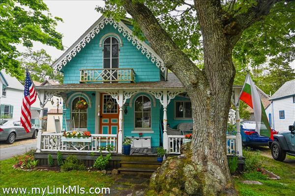 38 Clinton Avenue Oak Bluffs MA