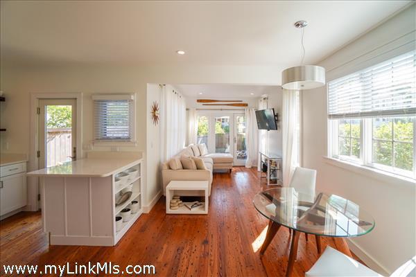 6 Laurel Avenue Oak Bluffs MA