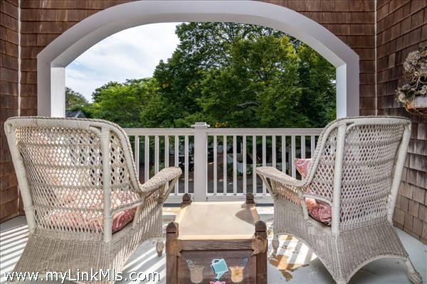 25 High Street Edgartown MA