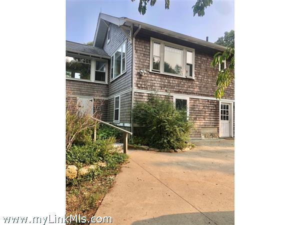 26 Davis Street Vineyard Haven MA