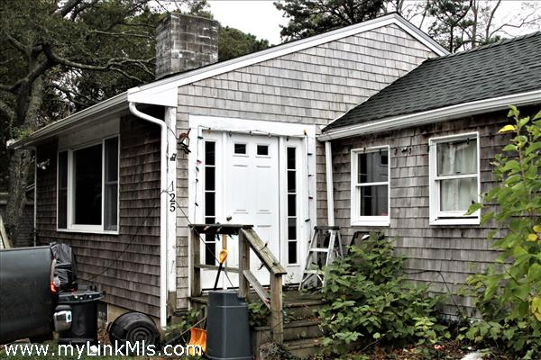 25 Andrews Road Vineyard Haven MA