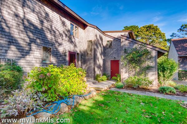 21 Nashawena Terrace Vineyard Haven MA